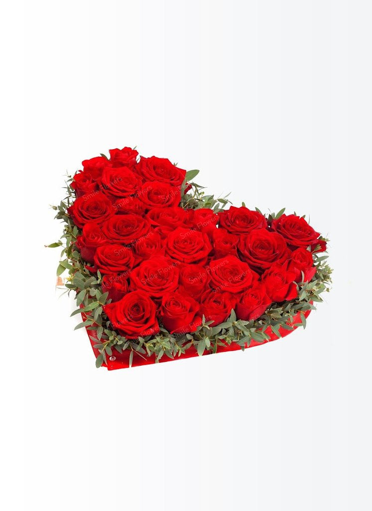 Heart shaped red roses arrangement – Send Flowers Riga