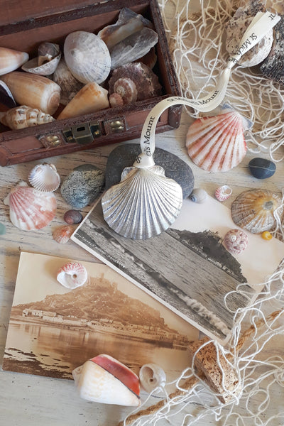 Scallop Pewter Hanging Decoration