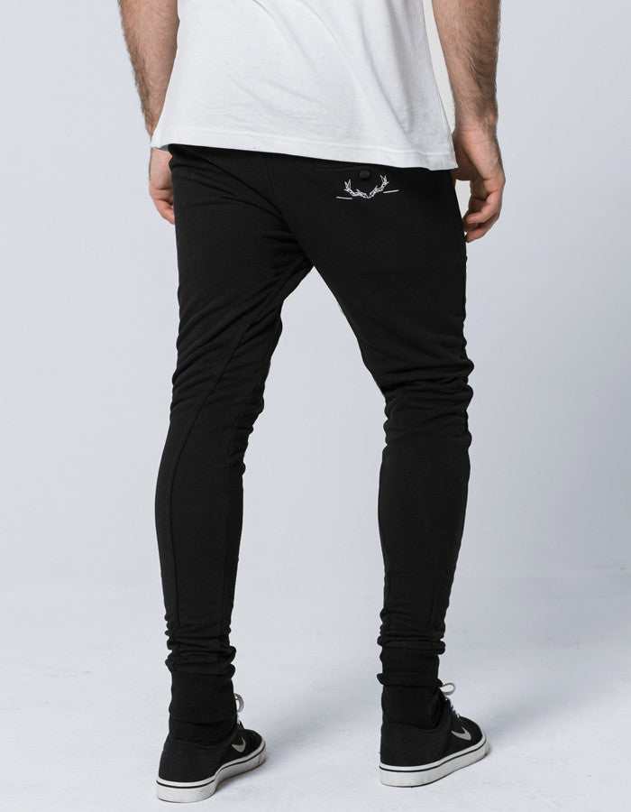 STAG Essential Joggers // Black