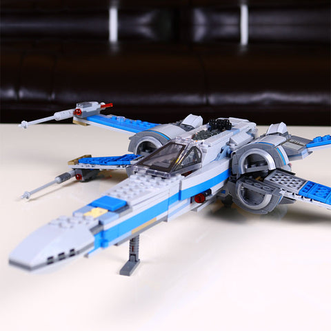 Star Wars Rebel X-wing fighter 0.3 Building Block Toy - 740 PCS