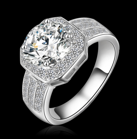 Platinum Plated Queen Fashion Ring