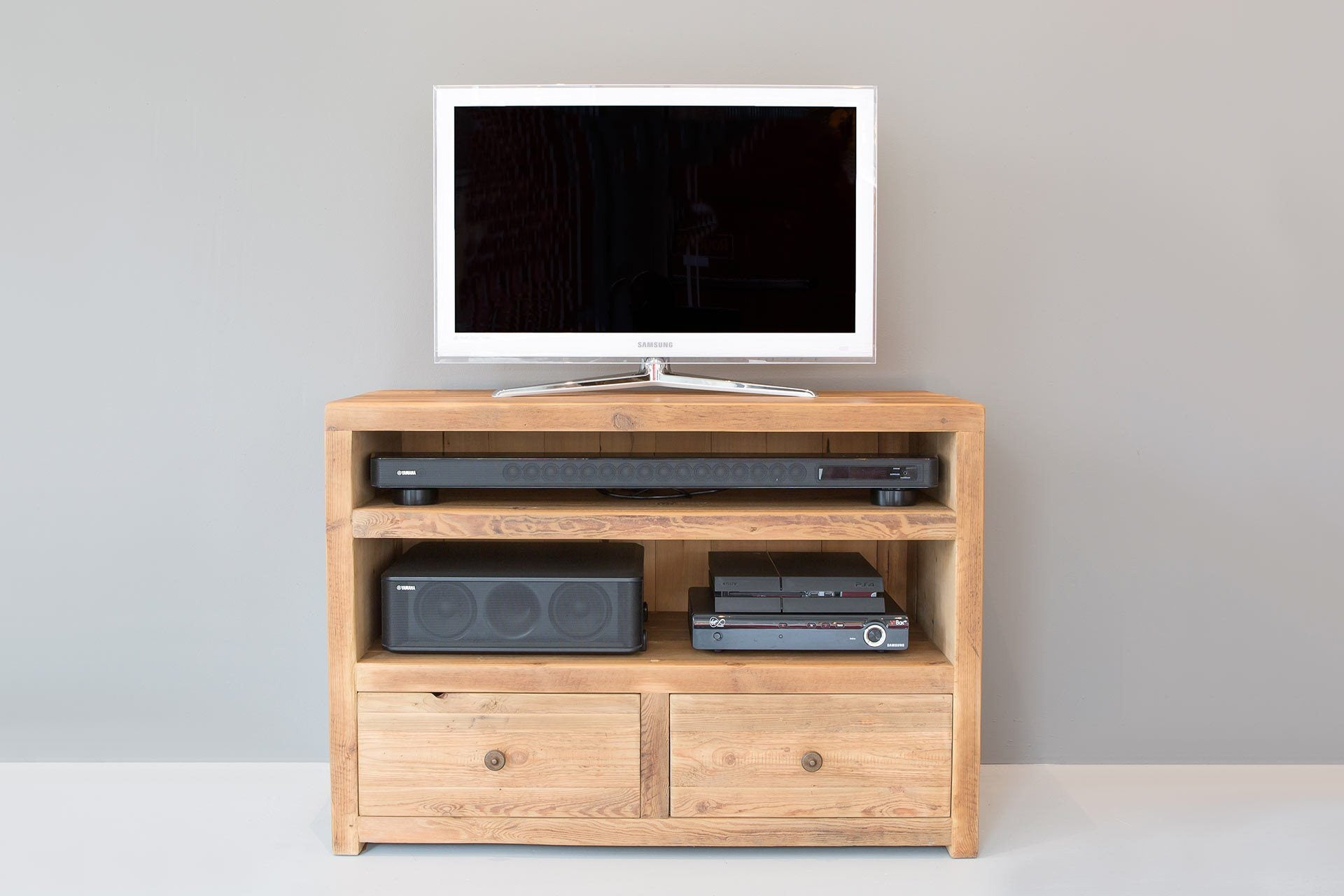 "Natural 103.5cm Triple TV Stand With Antique Knobs (Displayed With 32"" TV)"