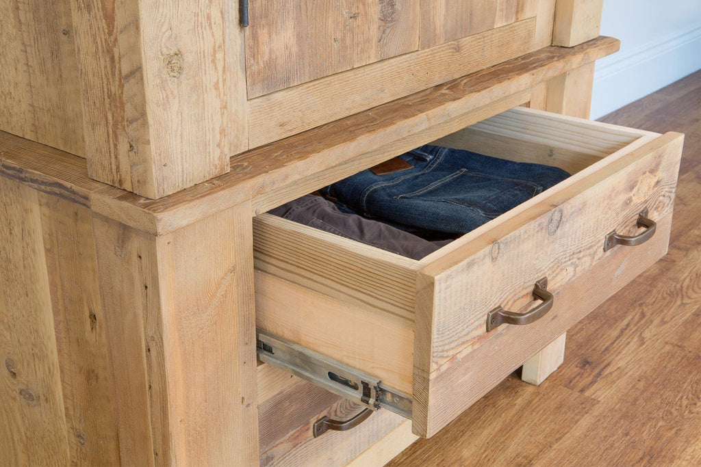 All Drawers Have Quality Smooth Drawer Runners