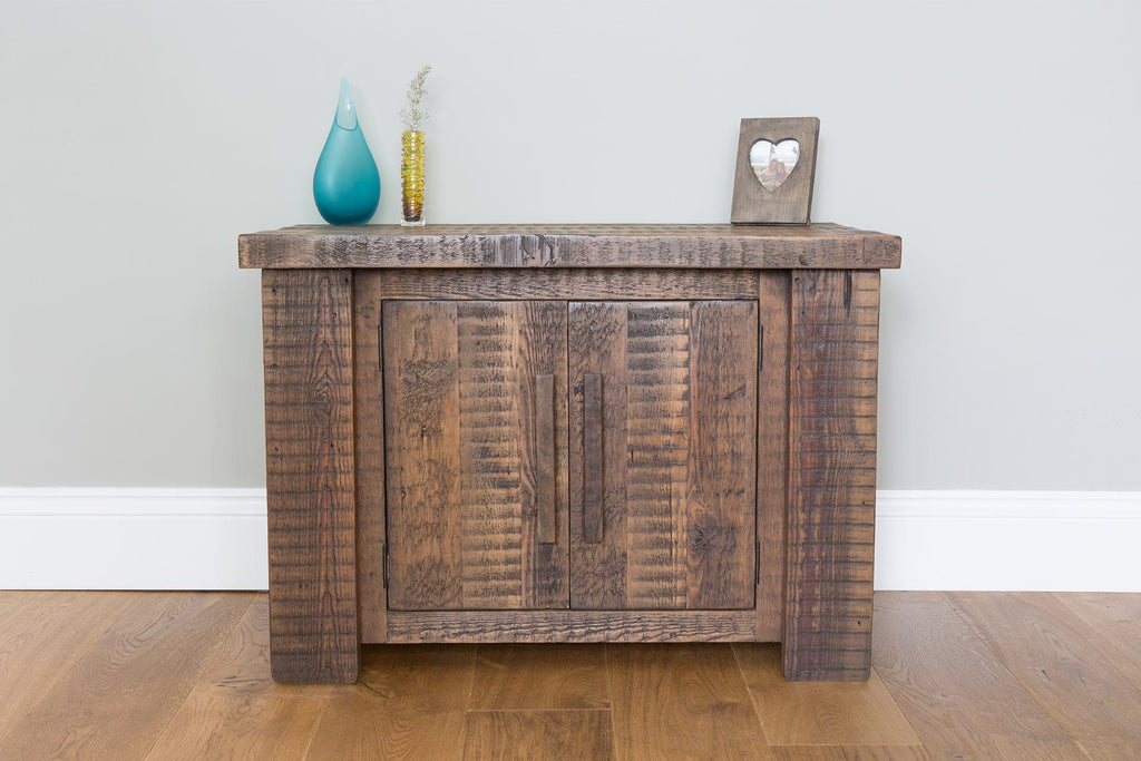Classic 88.5cm Low Cabinet With Long Wooden Handles