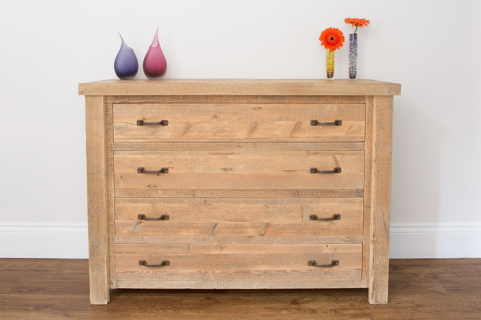 Natural 122cm Chest With 4 Drawers & Antique Handles