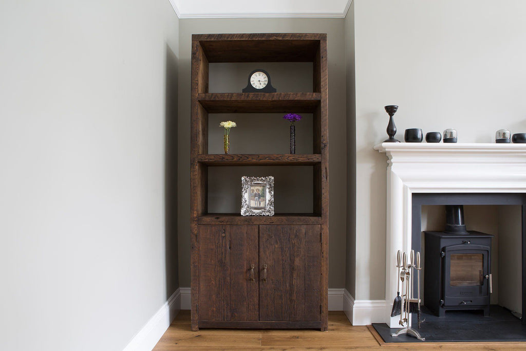 Classic 90.5cm Entertainment Unit With Antique Handles