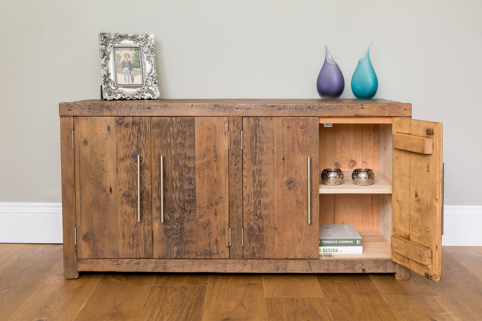 All Low Cabinets Come With A Full Width Internal Shelf (Adjustable)