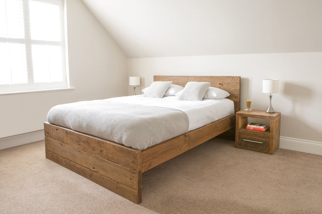 Warm Kingsize Bed With Branson 1 Drawer Bedsides
