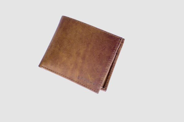 Timo handmade leather wallet in brown - Brächa Design