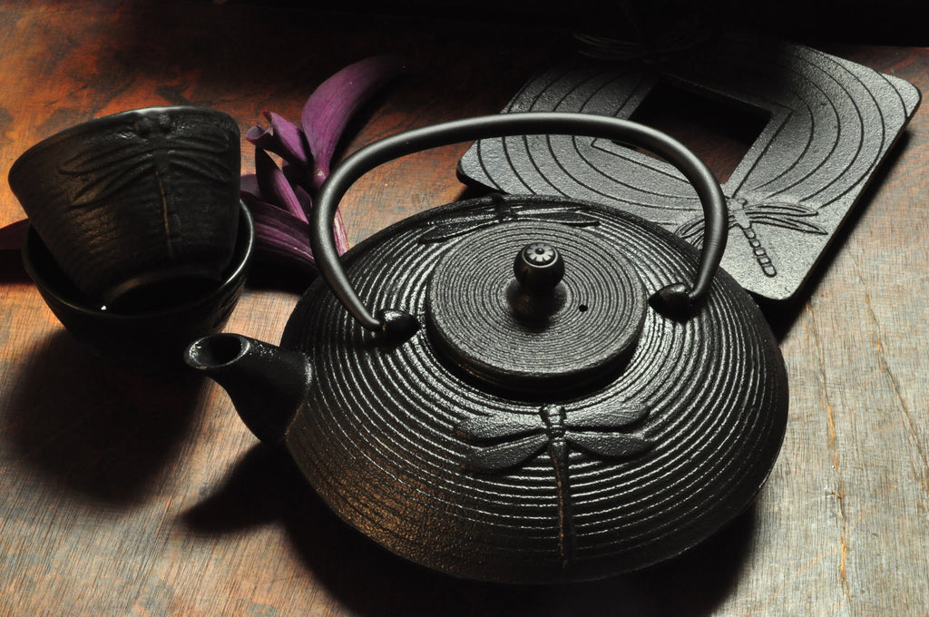 Dragon Fly (Cast Iron Teapot)