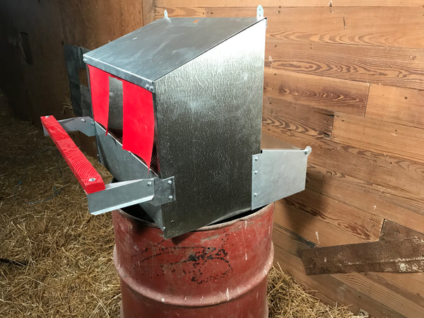 Small Reversible Rollout Nest Box (Up to 7 Hens) 3.0
