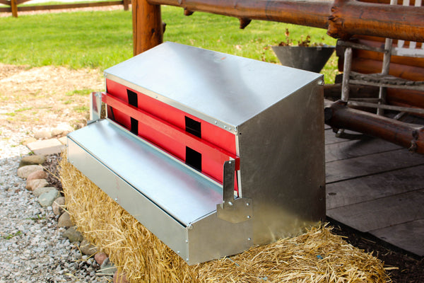 Premium Grade - Reversible Rollout Nest Box - Large (Up to 45 Hens)