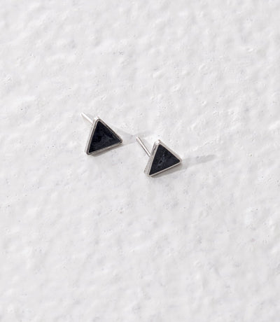 Taarika earrings, pearl grey - Komodo Fashion