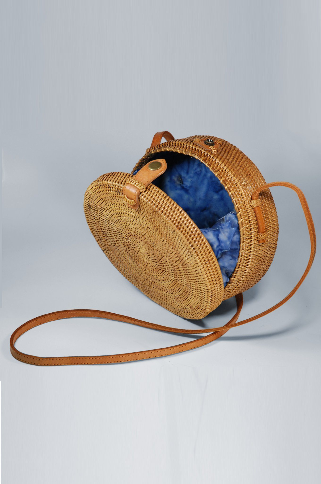 Brown Round Straw Bag | Handmade in Bali | KOMODO