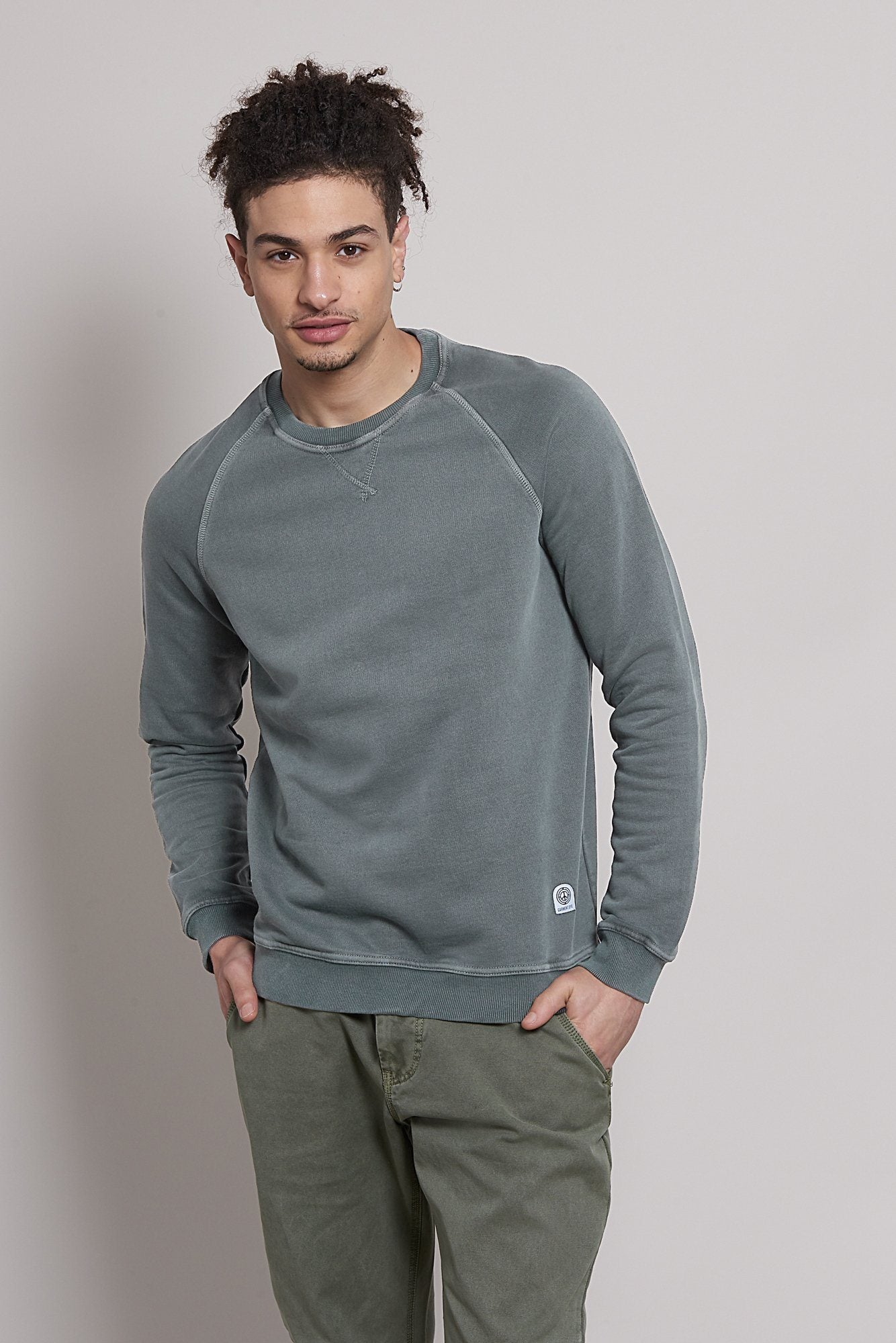 Jumper - ANTON Organic Cotton Raglan Sweat Coal
