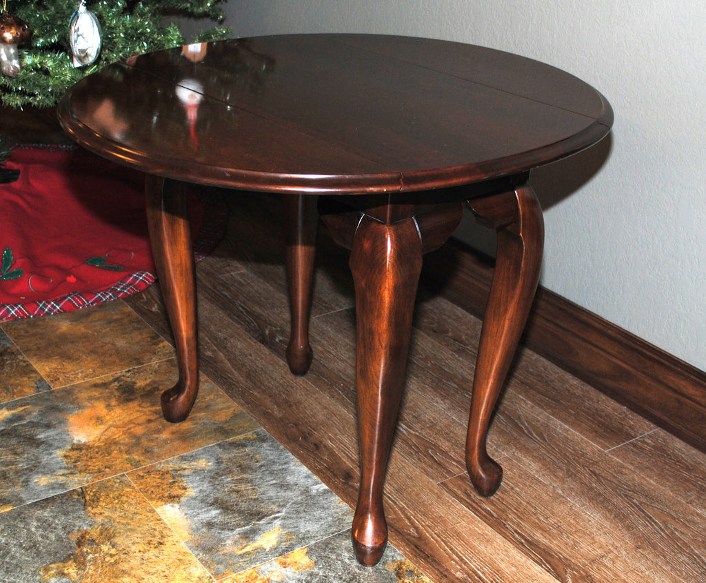 ... Kincaid Queen Anne Style Drop Leaf Side Table