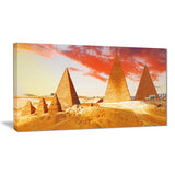 great pyramids at giza landscape canvas art print PT7435