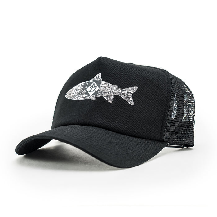 FISH LINE-ART TRUCKER HAT
