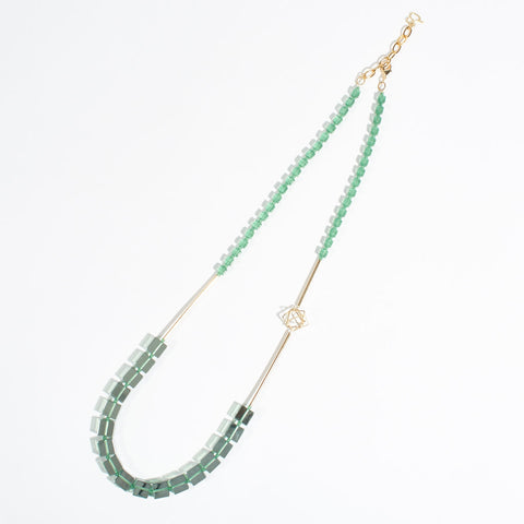 "Long Necklace ""Stephanie"" - Apple Green"