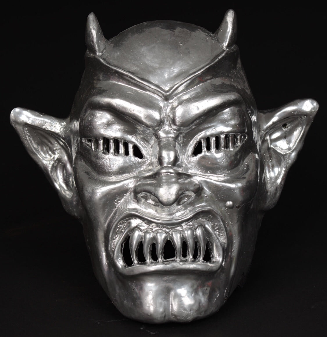 "LAMBERTO BAVA'S ""DEMONS"" OFFICIALLY LICENSED RESIN MASK"