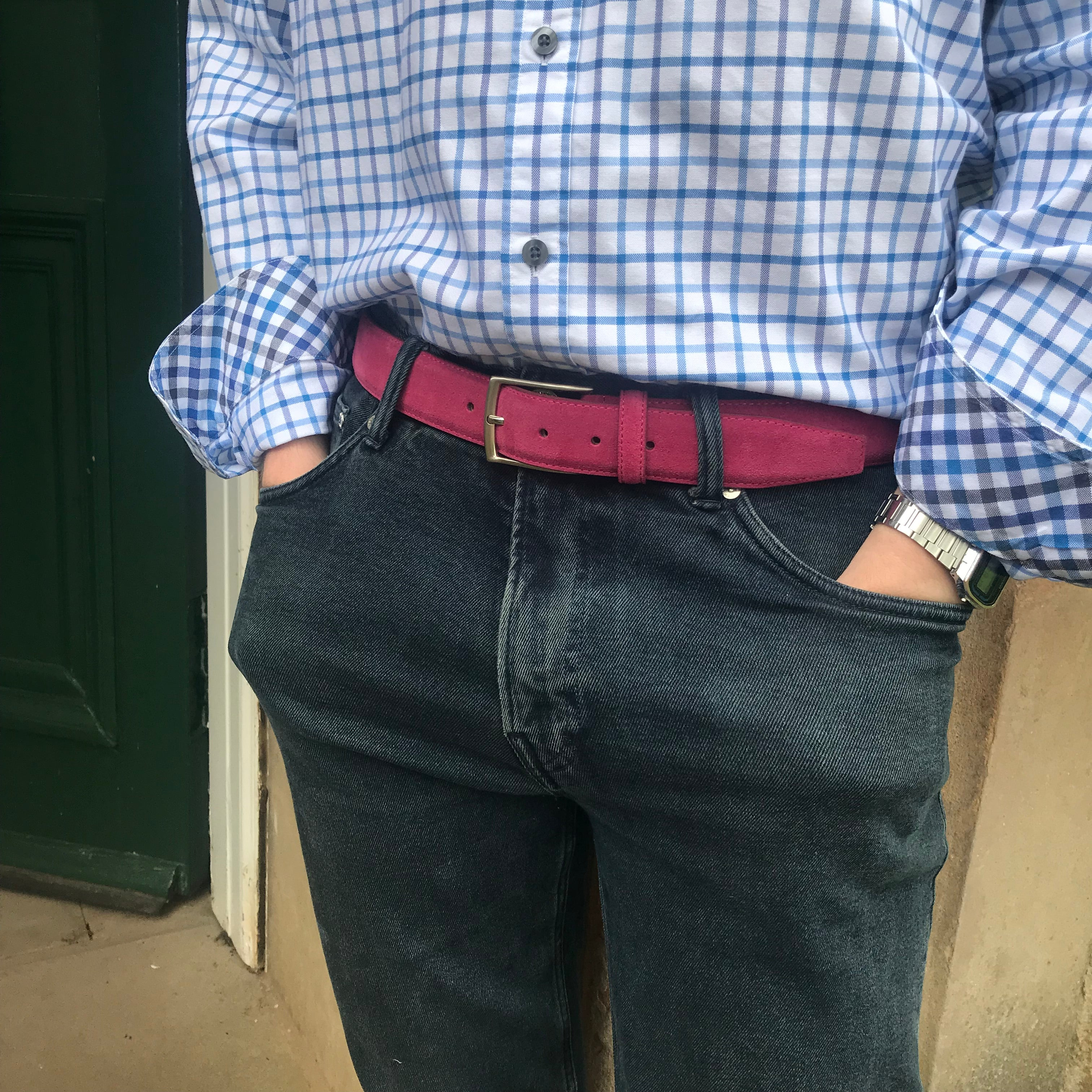 Mens dark pink suede belt