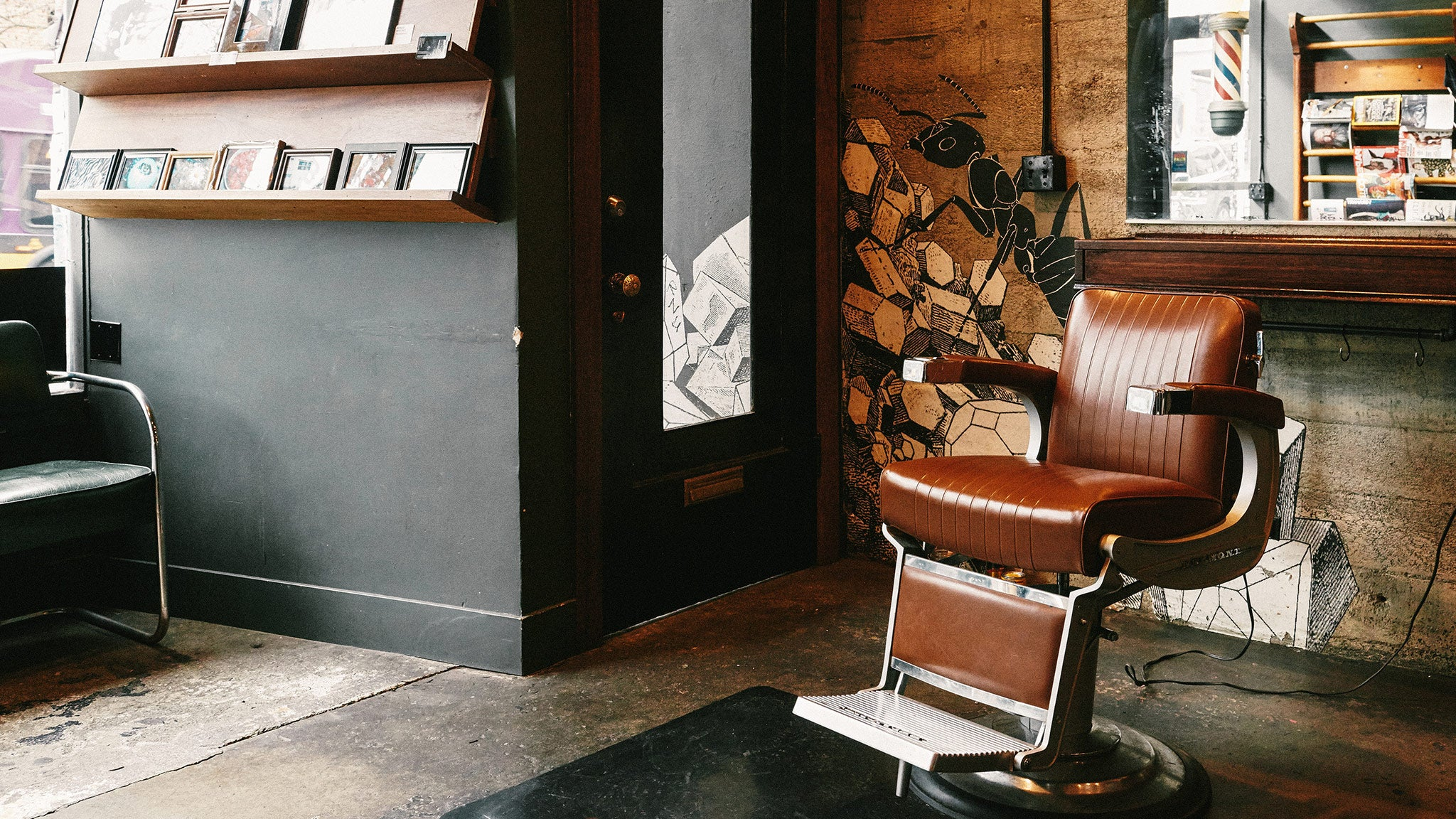 Capellis a gentlemans barber in seattle wa 98104 citysearch for Acme salon san francisco