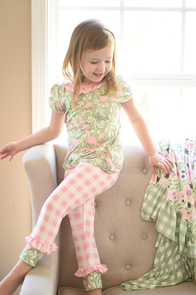 Tulips & Twirls Lounge  - Top/pants set 3m, 6m, 2t