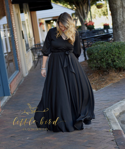 The Nicolette Maxi - Black.