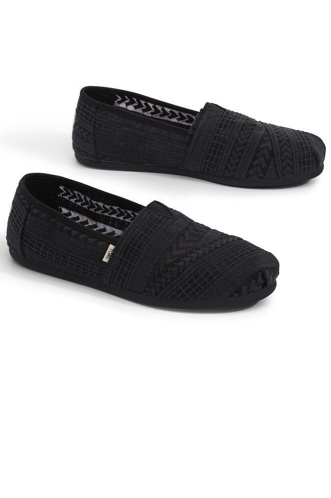 401363bca84 TOMS Embroidered Mesh Women s Classics  TOMS Embroidered Mesh Women s  Classics ...
