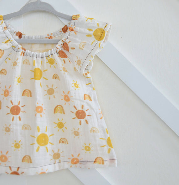 ☼ Mr Golden Sun ☼ Peasant Top