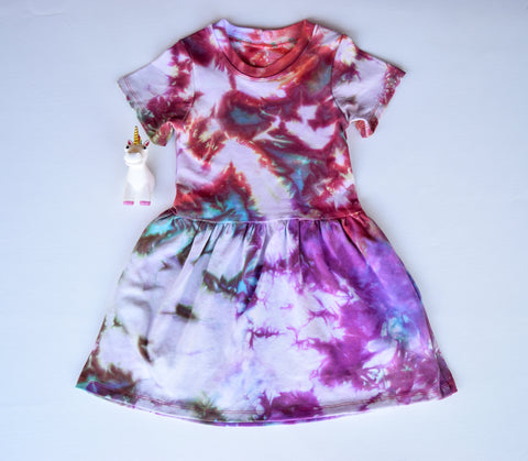 Size 4, Phoenix Rising, LWI Tie Dyed, play dress, short sleeves