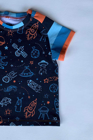 Space Explorer Raglan Tee with short sleeves