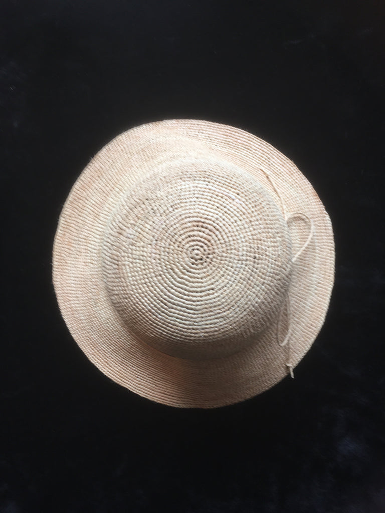 Women's Foldable Knotted Raffia Straw Sun Hat