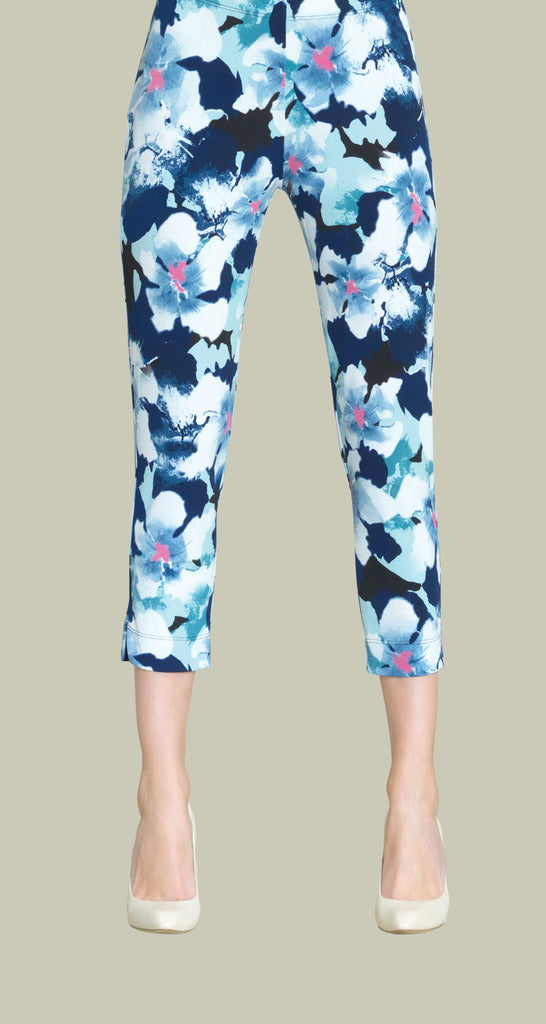 Floral Print Pull On Capri - White/Navy