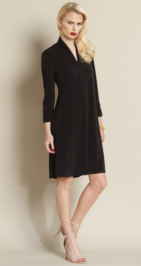 Narrow V Swing Dress - Black
