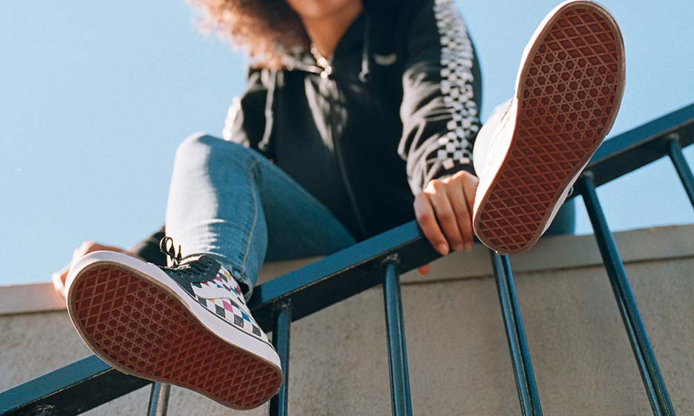 There is skate footwear – and then there are Vans. Classic checkerboard or the sidestripe fit any occasion. Start your look for skate, surf and urban exploration with Vans.