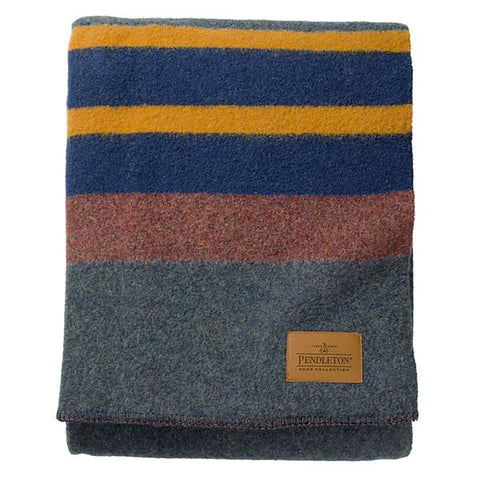 Pendleton Yakima Camp Bed Blanket - Queen