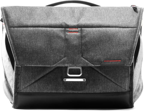 Peak Design The Everyday Messenger 15L