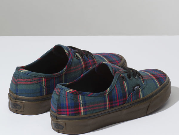 8c8206bc08ea23 Vans Unisex Tartan Gum Authentic Shoes