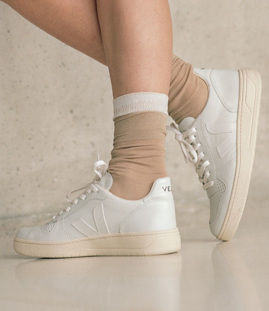 cheap prices in stock best sneakers Veja V10 Leather Extra Sneakers - Unisex | Altitude Sports