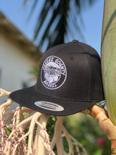 Load image into Gallery viewer, OCApparel Black/White Snapback