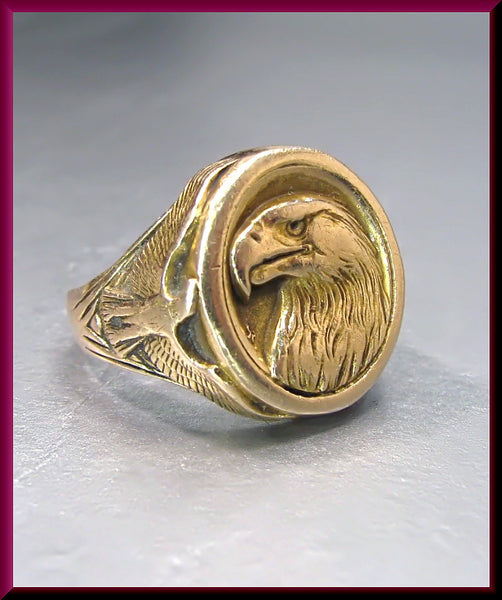 Vintage 14k Yellow Gold Men's Eagle Signet Ring