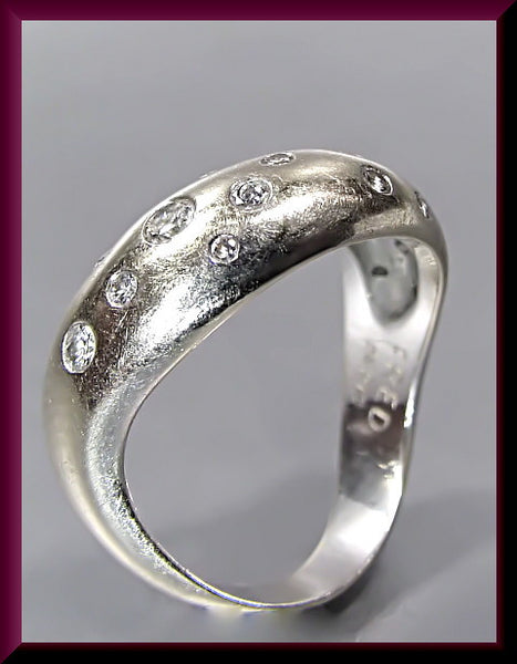 Vintage 18K White Gold and Diamond Designer Fred Ring