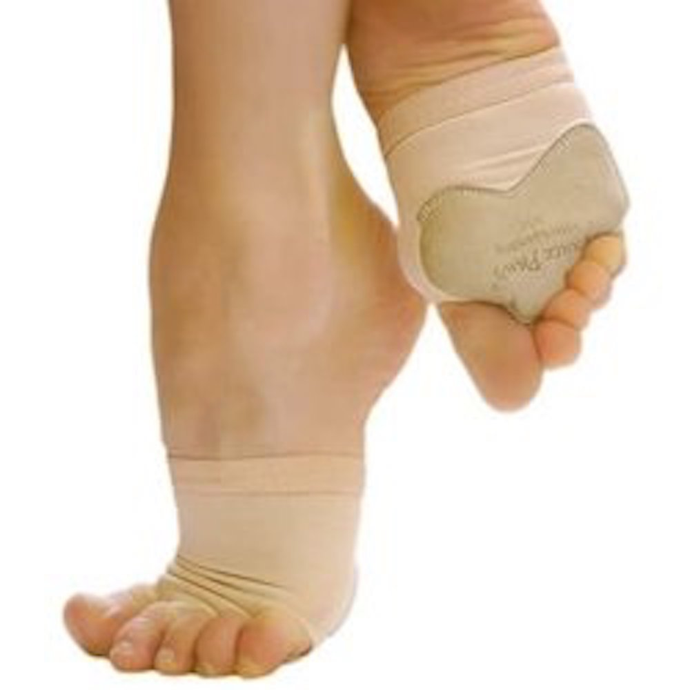 b2c811555203 Make like a Dancer  Wedge sandals with broad straps can be helped along by  wearing a ballet dancers  toekini