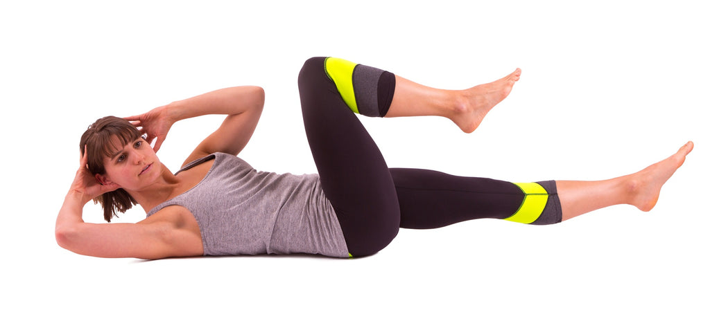 Butterfly Crunches With Control By Lifting Alternate Knee To Elbows