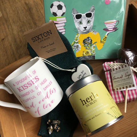* Mother's Day Gift Hamper
