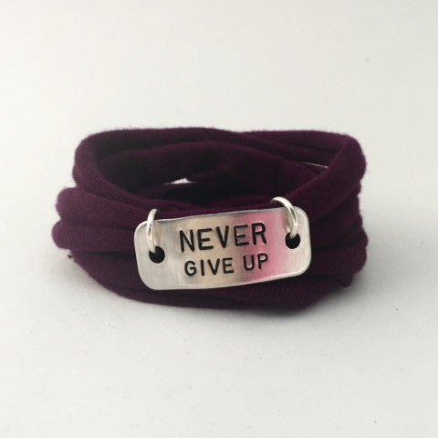Motivational Wrap Bracelet - Never Give Up (5 colors)
