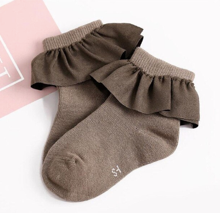 Solid Ruffled Socks