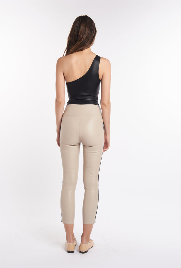 Nude & Black Athletic Capri Leather Leggings