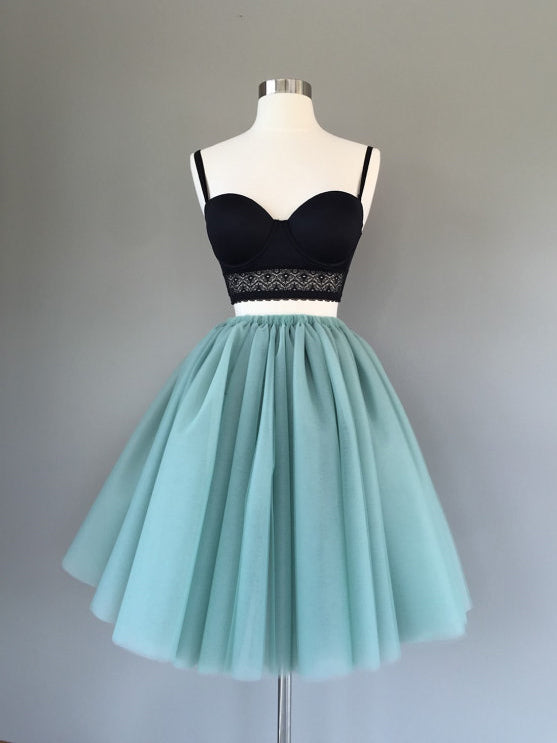 2017 Two Piece Homecoming Dress Simple Tulle Green Black Short Prom Dress AM002